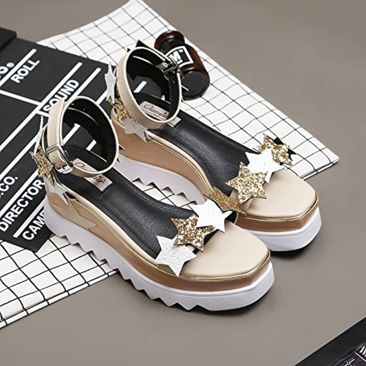 High heel show The Korean Version of The 2017 New Summer Fashion Sequins Stars Toe Platform Sandals Woman Head Word Buckle shoes