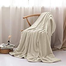 Manta súper Suave y cálida Manta de Franela 100% Microfibra con patrón de piña Ligera para sofá Cama y Viajes 220x240cm Beige