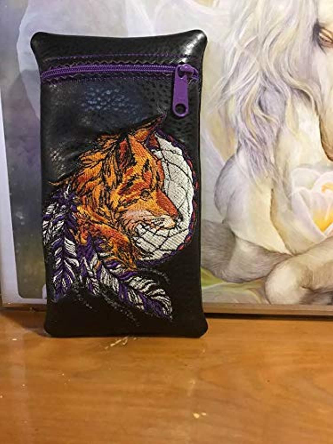 Wolf with feathers over the Moon glass pot pipe pouch