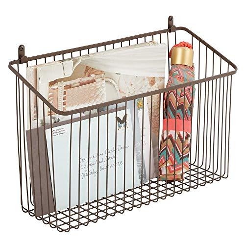 mDesign Metallkorb zur Wandmontage – kompakter Organizer für Flur, Schlafzimmer oder Bad – stilvolle Aufbewahrungsmöglichkeit für Geldbörsen, Handys & Handtücher – bronzefarben