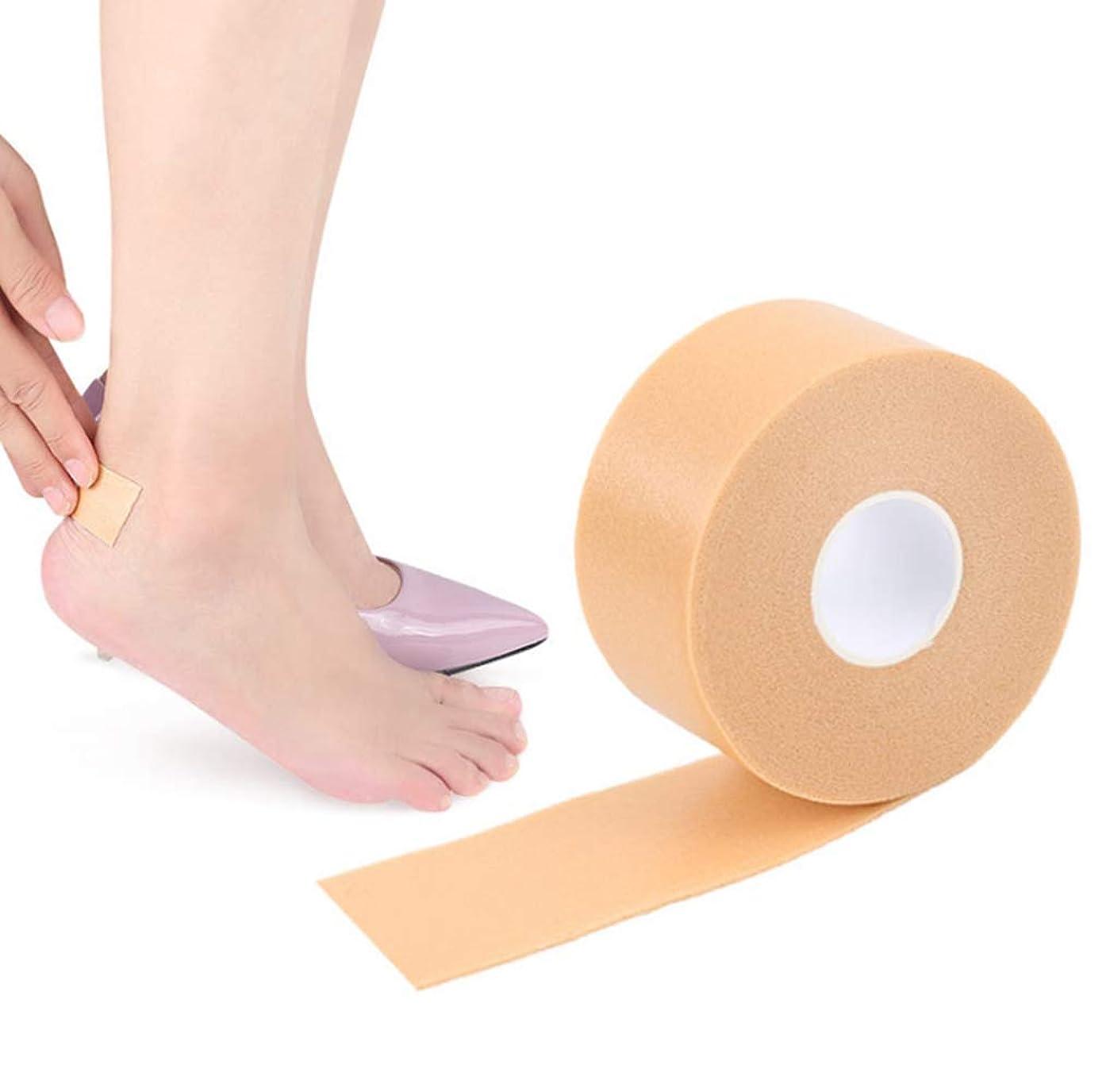 バング汚染された雑多な足用保護パッド 足痛み軽減 靴ずれ予防テープ 靴擦れ防止 靴ズレ防止 かかと パッド フットヒールステッカーテープ 防水素材 耐摩耗 痛み緩和 滑り止め 粘着 かかとパッド テープ 通気 男女兼用 (1個入り)