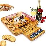 Tabla para cortar queso, tabla de queso de bambú, con cajones ocultos con 4 cuchillos de queso, tabla para servir (14 x 14 cm)