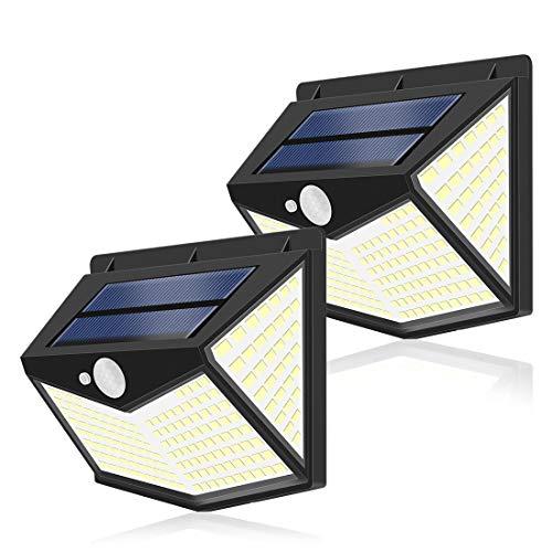 センサーライト SILIVN ソーラーライト 4面発光 屋外照明 人感センサー 3つ点灯モード 2200mAH 防水 防犯ライト 300°照明範囲 自動点灯 太陽光発電 屋外 庭 玄関 ガーデンライト 駐車場 両面テープ付き 2個セット 212LED
