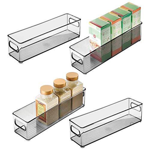 mDesign Juego de 4 cajas organizadoras con asas – Práctico organizador de frigorífico para almacenar alimentos – Contenedor de plástico sin BPA para los armarios de la cocina o la nevera – gri