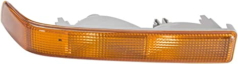 Replacement for GM2521162 Right CarLights360: For 2002 2003 2004 2005 Chevy Trailblazer Turn Signal//Parking Light Assembly Passenger Side Vehicle Trim: Sport Utility CAPA Certified