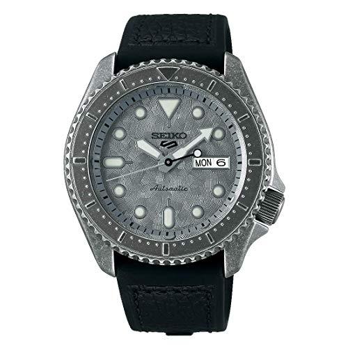 Orologio da uomo Seiko 5 Sports quadrante argento cinturino in pelle nera SRPE79K1