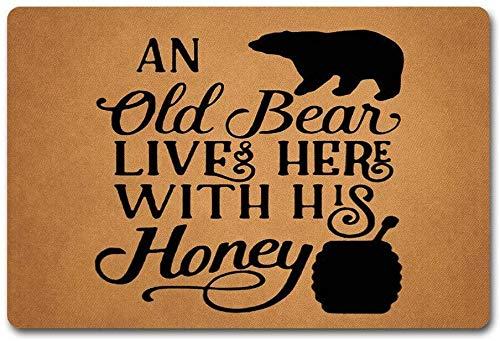 solatman ingang deur mat een oude beer woont hier met zijn honing deurmat monogram beer honing deurmat 45X75CM niet-geweven stof top met een antislip rubber achterdeur tapijten wasbare deurmat