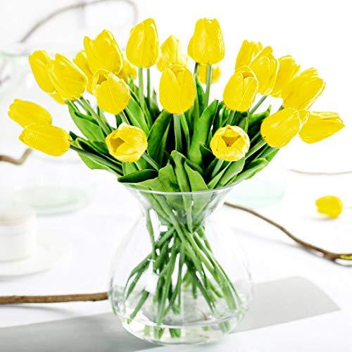 Tulipanes artificiales, bien hechos y de intensos colores, aspecto realista. Altura del tulipán: 33cm, altura de la cabeza de la flor: 5 cm. Las cabezas de flor están hechas de poliuretano, la superficie de los tallos es de plástico, con interior de...