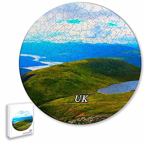 Reino Unido Inglaterra Ben Nevis Fort William Rompecabezas de 195 Piezas con Forma Redonda de Animales de Madera para niños y Adultos, Recuerdos de 16.5 × 16.5 Pulgadas