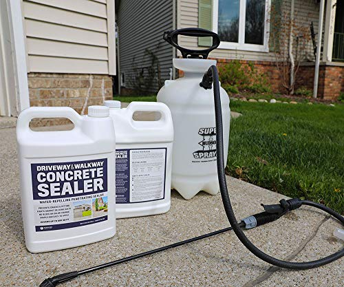 Driveway And Walkway Concrete Sealer - Repels Water, Prevents Cracks, And Fights De-Icing Salts - 1 Gallon(Covers Up To 600SqFt) Clear Penetrating Sealant | No Gloss No Color Change - Easy Application
