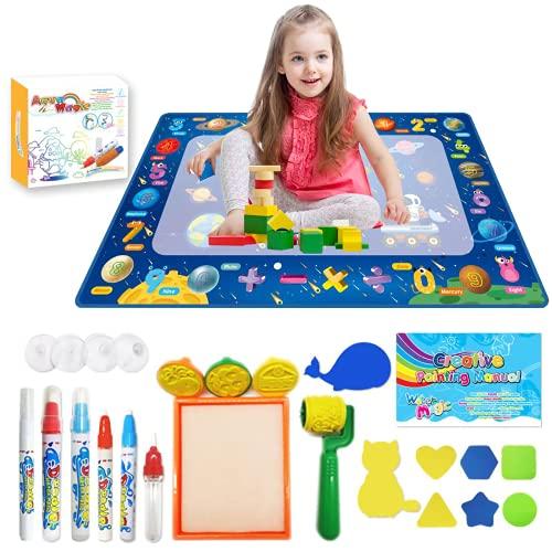 Acqua Doodle Tappeto, Tappeto Magico Bambini 120 *80cm, con 6 Penne Magiche,1 Set di Francobolli , 8 Stampi e 1 Libretto di Disegni e 1 Zaino per Bambini