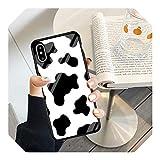 Cover in vetro temperato in silicone morbido per iPhone 7 8 Plus X Xs 11 Pro Max XR SE 2020 Mucca Stampa Nero Bianco Caso Coque-1-Per iphone XR