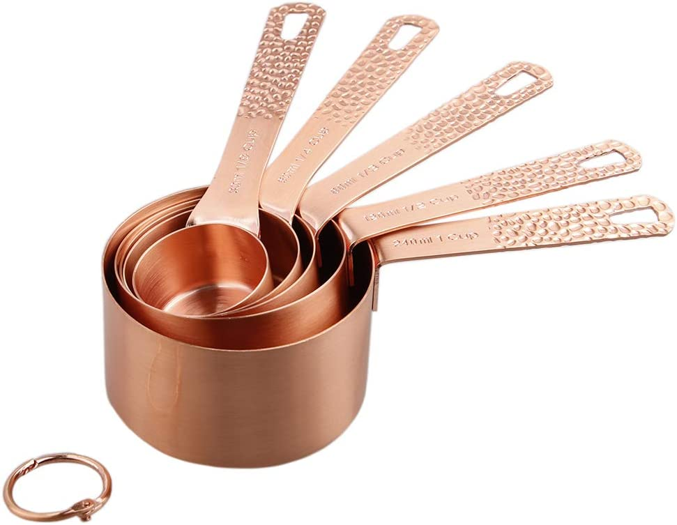 Image of measuring cups