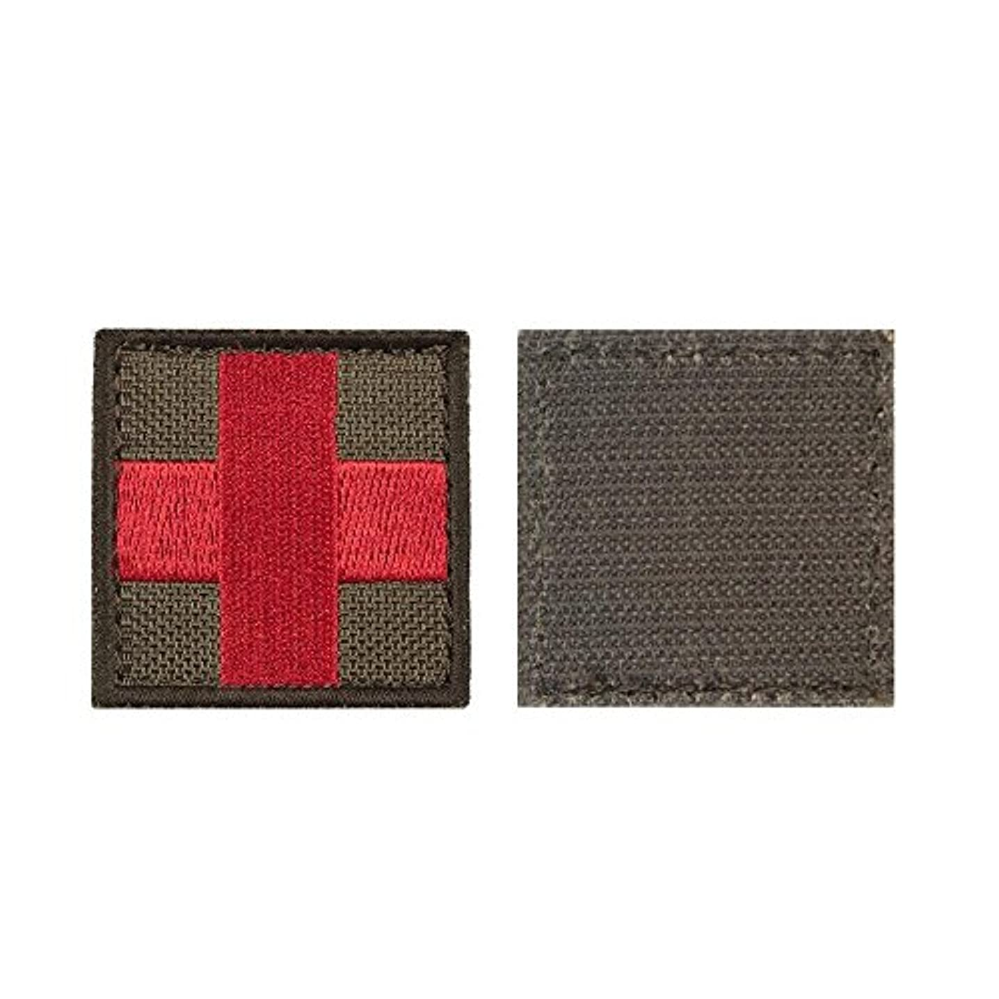 yisibo 2pieces Red Cross Medic First Aid Morale Embroidered Tactical Patch (Square, Red Cross-Ranger Green)