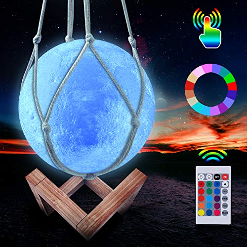 Mond Lampe, LED 3D Wiederaufladbares Nachtlicht, 16 Farben Dimmbare Galaxis Lampe Fernbedienung und Touch Steuerung, mit Holzständer und hängendem Netz (15 cm)