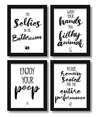 Foto di WIETRE - Set di 4 poster da WC con scritta divertente in lingua inglese, stampa artistica divertente A4, senza cornice