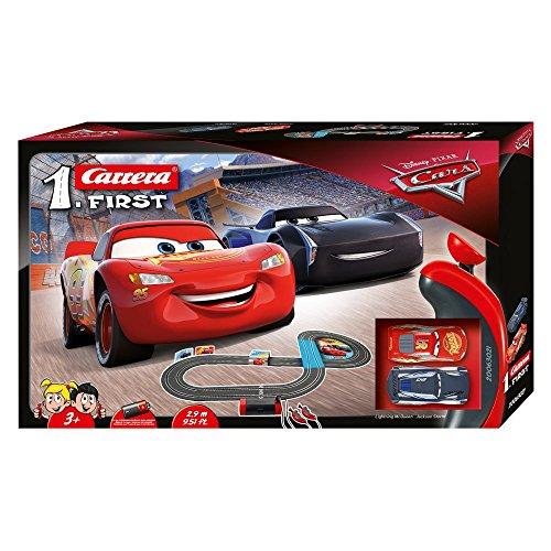 Carrera Toys First Disney Pixar Cars 3 Set Pista da Corsa a Batteria e Due Macchinine con Saetta Mcqueen e Jackson Storm, Gioco Adatto per Bambini dai 3 Anni, Multicolore, 20063021