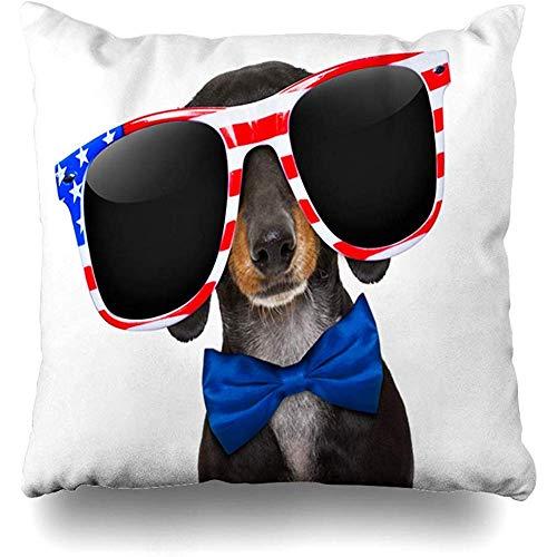 Housse de coussin chien juillet teckel saucisse portant des lunettes de soleil Pet USA vacances patriotiques 4th Fourth America Design maison taie d'oreiller taille carrée 18x18 pouces taie d'oreiller