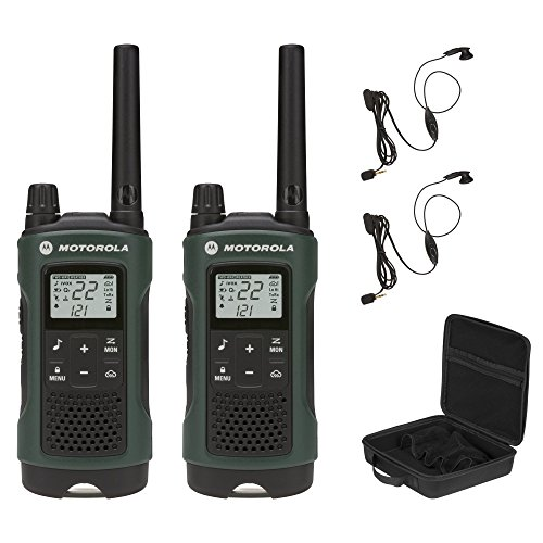 Motorola Talkabout T465 Rechargeable Two-Way Radio Bundle (Green)