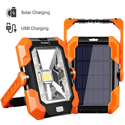 Finether Akku Arbeitsstrahler tragbare Solar Arbeitsleuchte, LED USB Baustrahler wasserdicht IP64 mit 4 Lichtmodi, einstellbarem und magnetischem Griff für Garage Werkstatt Outdoor Camping Reisen