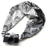 SAKURA カメラスリング【カメラ用ネック・ショルダーストラップ】グッドデザイン賞受賞・ファスナーポケット装備・機能的で快適なデザインストラップ (Mサイズ 105~115cm, 迷彩/カーキ) SCSM-63