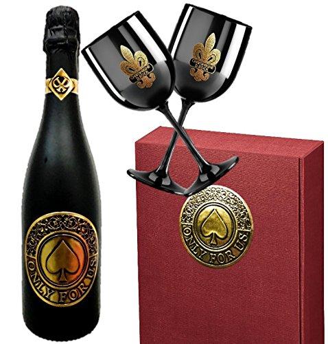 Sekt Geschenk für Paare   Only for us Geschenkset Sekt-Cuvée   inkl. 2 schwarzer Champagnergläser aus Acryl   Das Luxusgeschenk für Frau, Freundin, Paare, Pärchen & Liebende