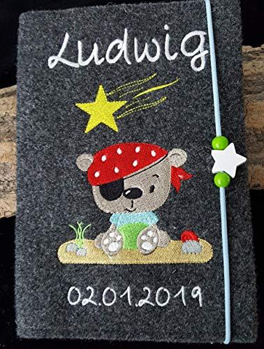 U-Hefthülle mit Namen/Geburtsdatum Pirat Bär Sternschnuppe unisex aus Wollfilz
