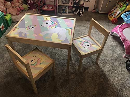 MakeThisMine Juego de mesa y 2 sillas personalizables para niños con diseño de unicornio, diseño de estrellas arcoíris Ikea LATT nombre, juego de escritorio para niñas, amigos y niños