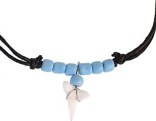 Chic-Net - Collana da Surfista in Legno con Ciondolo a Forma di Dente di squalo, Rotonda, Dipinta, in Cotone, Regolabile