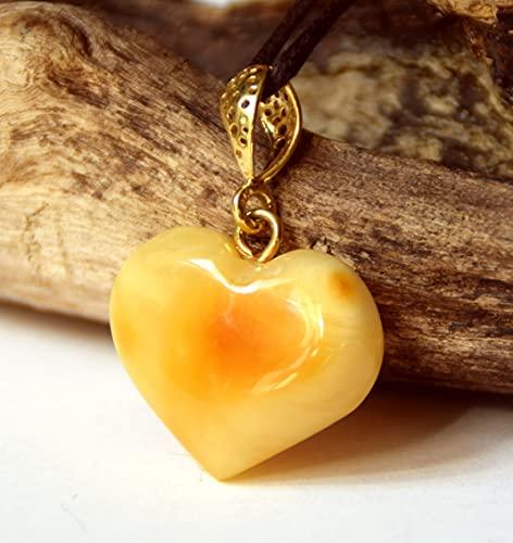 MJ Baltica Colgante artesanal de plata 925 bañada en oro de 14k y ámbar natural corazón BZW041