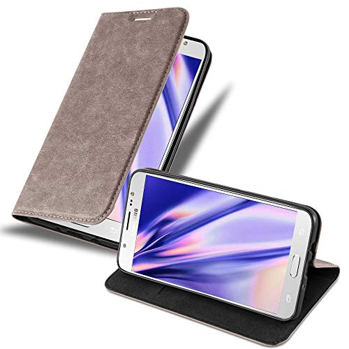 Cadorabo Hülle für Samsung Galaxy J7 2016 in Kaffee BRAUN - Handyhülle mit Magnetverschluss, Standfunktion & Kartenfach - Hülle Cover Schutzhülle Etui Tasche Book Klapp Style
