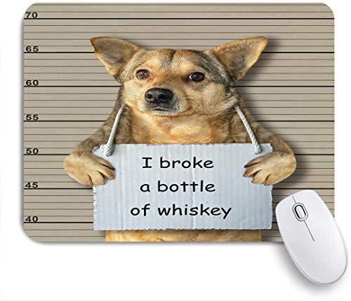 Dekoratives Gaming-Mauspad,Der böse Hund hat eine Flasche Whisky zerbrochen,Bürocomputer-Mausmatte mit rutschfester Gummibasis