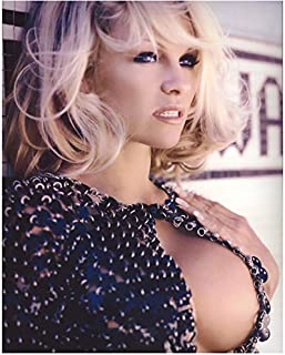 Pamela Anderson Chest Up Shot Deep Cleavage Looking Lovely 8 x 10 Inch Photo