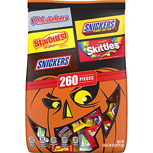 SNICKERS Chocolate Candy, SKITTLES Original Chewy Candy, STARBURST Original Chewy Candy & 3 MUSKETEERS Mixed Variety Bulk Halloween Candy - 80.36oz/260 Pieces