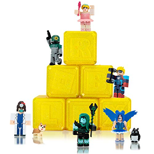 Roblox Celebrity Collection - Series 7 Mystery Figure 6-Pack [Includes 6 Exclusive Virtual Items]