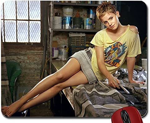 Barefoot emma watson Emma Watson