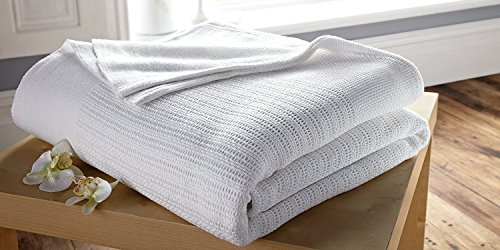 Single 100% Cotton Cellular Blanket In White - Washable at 75c Thermal Disinfection by Musbury