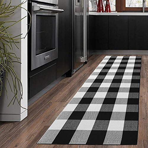 KaHouen Buffalo Check Runner Rug (24 x 71 Inches),Hand-Woven Buffalo Plaid Runner Rugs, Black and White Checkered Outdoor Rugs for Kitchen/Living Room/Bathroom/Laundry Room (2x6 ft, Checkered Carpet)