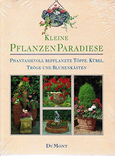 Phantasievoll bepflanzte Töpfe, Kübel, Tröge und Blumenkästen.