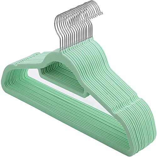 langchao Perchas antideslizantes con flocado, robusto perchero de terciopelo antideslizante, resistente y antihuellas, 50 paquetes (verde matcha 42 x 21,5 x 0,5 cm)