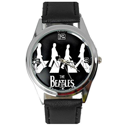 Taport® Armbanduhr, Motiv: Beatles auf dem Zebrastreifen, Quarz, rund, schwarzes Uhrenarmband aus Echtleder, schwarz / weiß, mit Ersatzbatterie und Geschenktasche