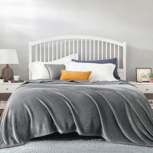 Bedsure Mantas para Sofás de Franela 220x240 cm - Mantas para Cama de 150/135 Reversible de 100% Microfibre Extra Suave - Manta Gris Transpirable