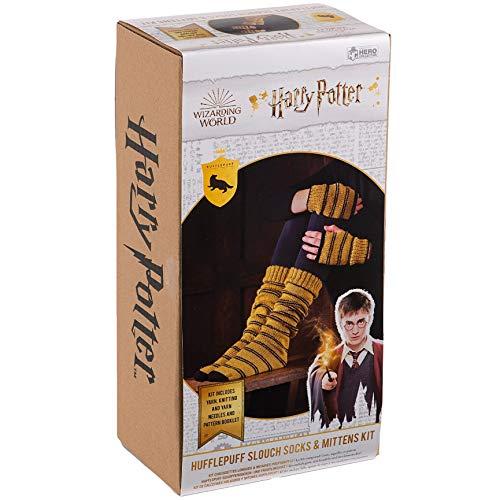 Harry-Potter-Strickset aus der Zauberwelt | Hogwarts Hufflepuff Slouch Socken und Fäustlinge Strickset von Eaglemoss Hero Collector