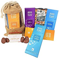 ✔ Rich Combination of 80g of 1 x Moo Free Cinder Toffee, 1 x Original Cocoa, 1 x Dark Chocolate, 1 x Sea Salt & Lime, 1x Sea Salt & Caramel ✔ Packaged in Reusable Jute Window Bag made with environmentally friendly making it easy to carry, portable an...