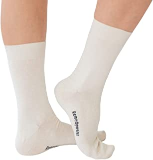 YoRo Naturals, RemedyWear Soft Moisturizing Eczema Socks for Adults, Inflammation Relief with Tencel and Zinc (Adult L, White)
