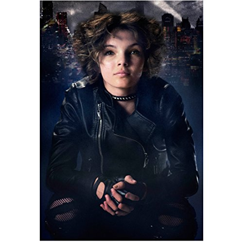 Gotham Camren Bicondova as Selina Kyle Young Catwoman Close Up 8 x 10 Photo