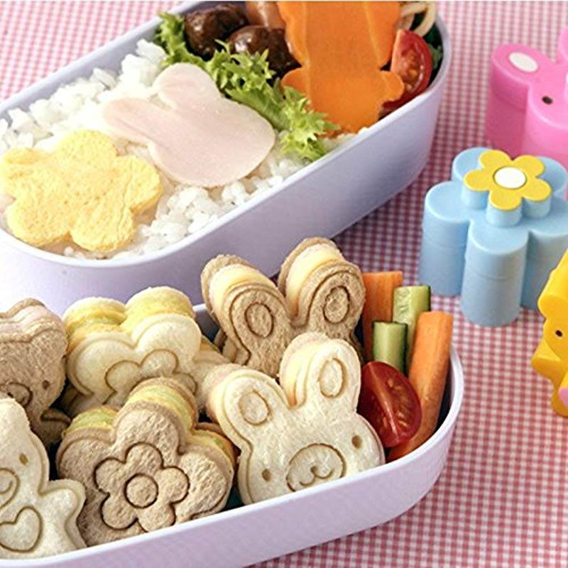 Sandwich Mold WHOSEE Bear Flower Rabbit Pattern Bread Cutter Biscuits Embossed Tools Rice Mould