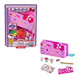 Mattel Hello Kitty and Friends Minis Candy Carnival Pencil Case Playset (7.5-in), 2 Sanrio Figures and Stationery Supplies, Great Gift for Kids Ages 4Y+