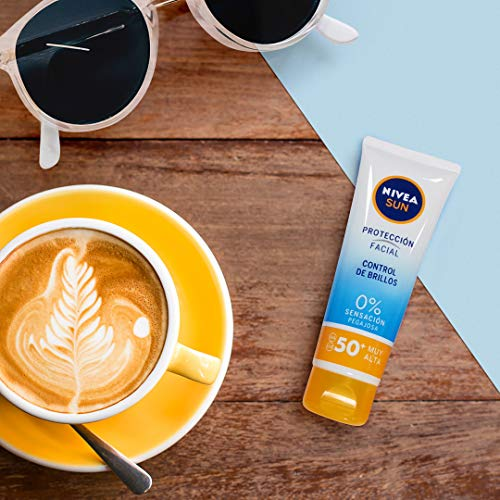 Todo lo que necesitas saber para comprar tu crema de protección solar