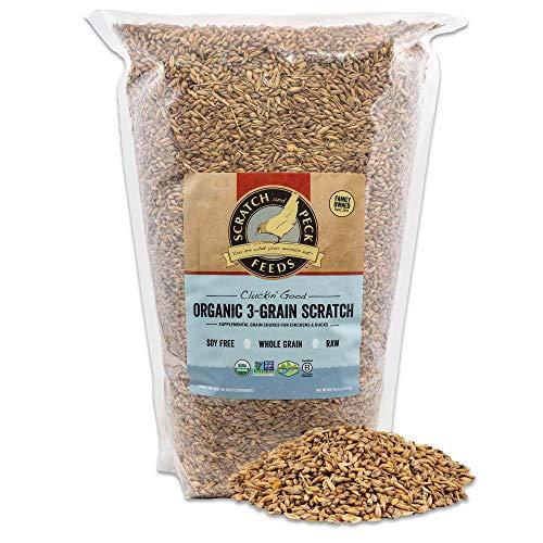 Scratch and Peck Cluckin' Good Organic 3-Grain Scratch